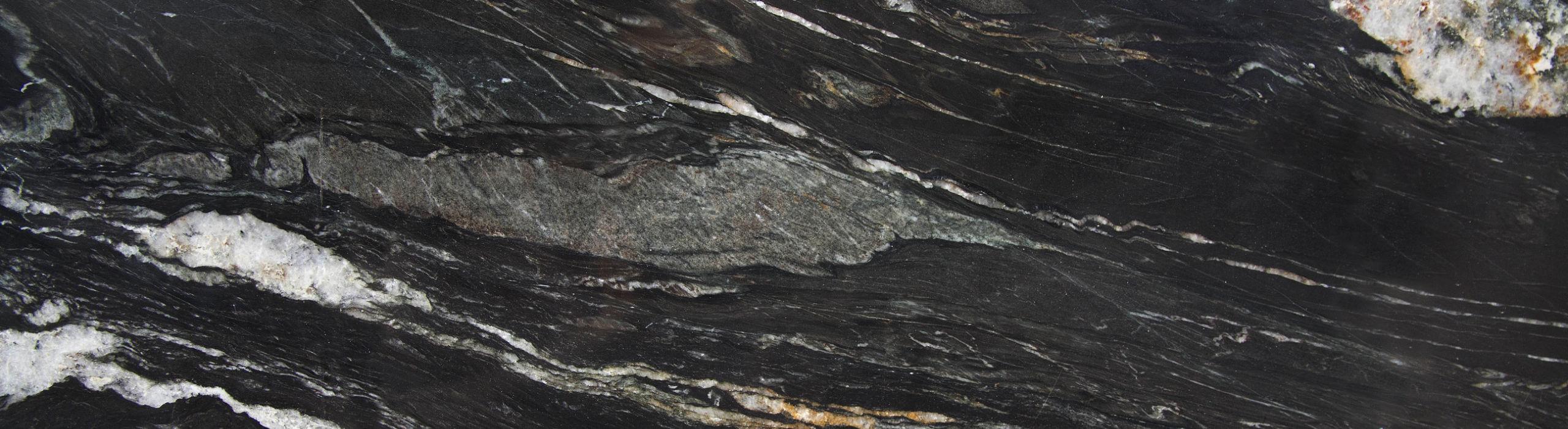 Der Naturstein Belveder ist einer der  Natursteine, die wir bei AS Natursteinwerk für Fliesen, Küchenarbeitsplatten und mehr verwenden